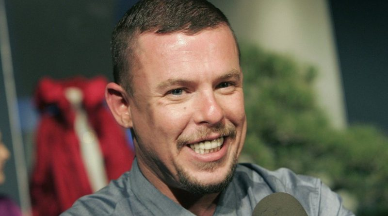 How did Alexander McQueen die cause of death age of death