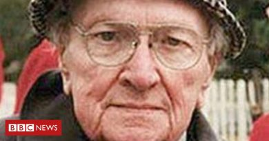 How did T Llew Jones die cause of death age of death